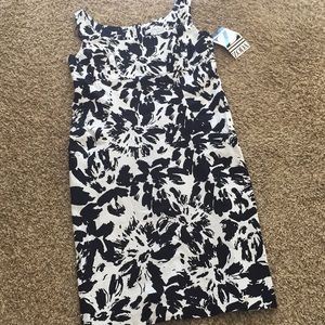 NWT A-line Floral Dress- 8💁🏻‍♀️
